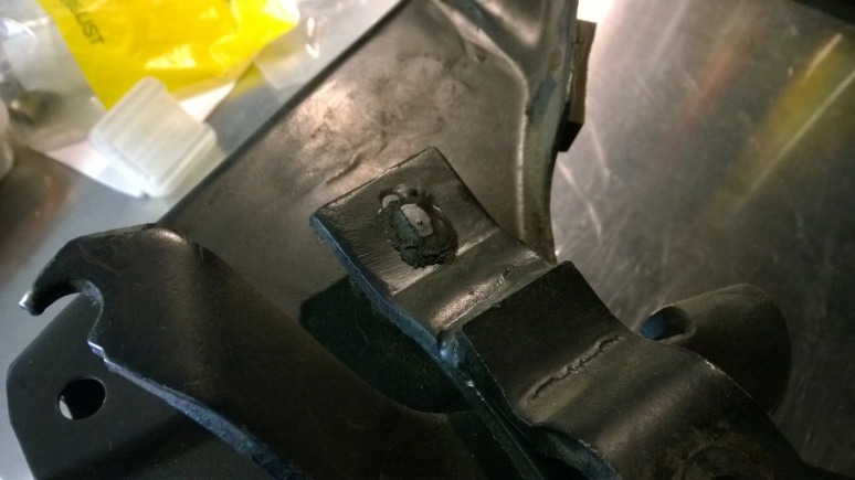 cracked clutch pedal weld